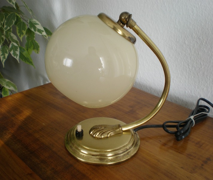 arte eleganza oggetti antichi lampade orologi radio telefoni macinini w28 w48 w49 w51. Black Bedroom Furniture Sets. Home Design Ideas